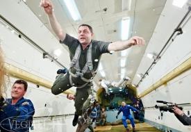 Идеи подарков на 23 февраля для настоящих мужчин | Полеты на истребителе МиГ-29 в стратосферу