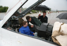 А ну-ка, девушки! | Полеты на истребителе МиГ-29 в стратосферу