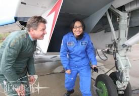 Первая женщина из Китая в стратосфере! | Полеты на истребителе МиГ-29 в стратосферу