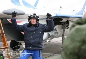 Покорители осеннего неба   Полеты на истребителе МиГ-29 в стратосферу